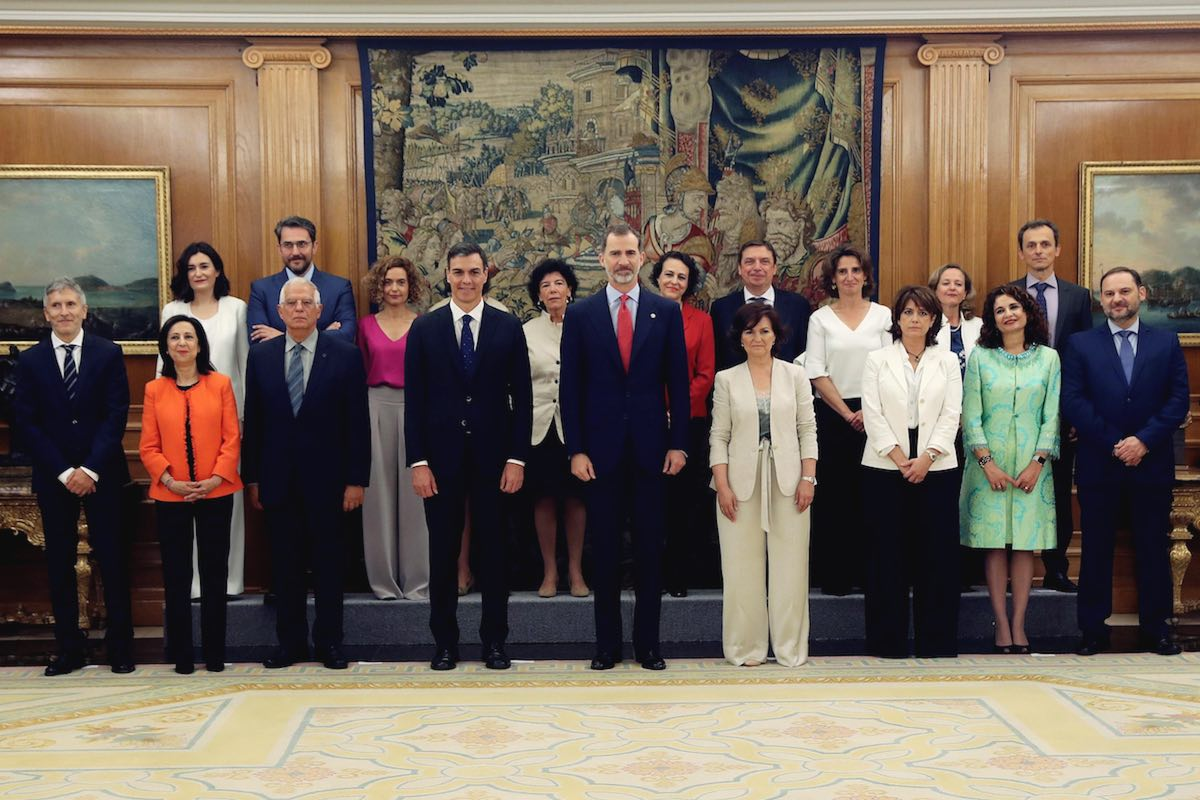 New government in Spain and what it means for Catalan's